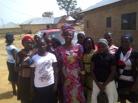 Hwollaza girls with Tosin